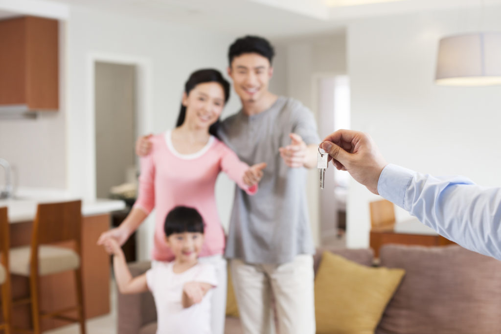 Ada sejumlah kesalahan yang membuat kamu bisa rugi besar ketika membeli rumah second - Rumah123.com