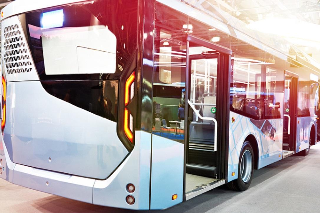 bus listrik transjakarta- rumah123.com