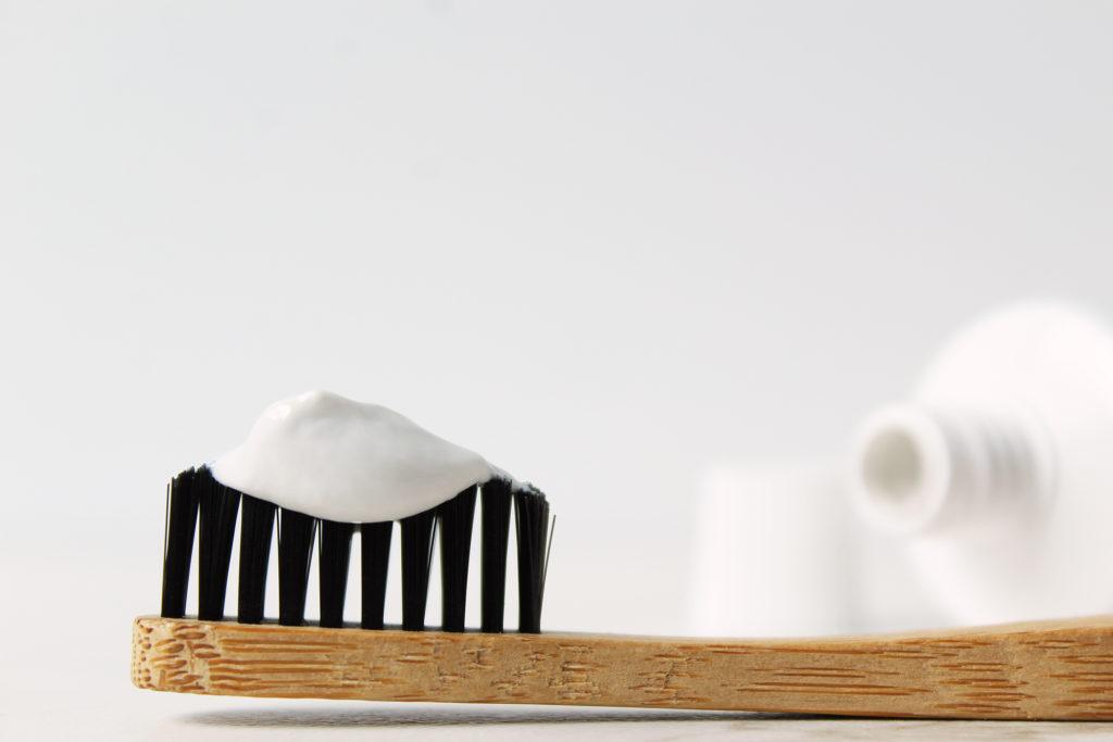 Selain membersihkan gigi, ada segudang manfaat pasta gigi yang lain - Rumah123.com