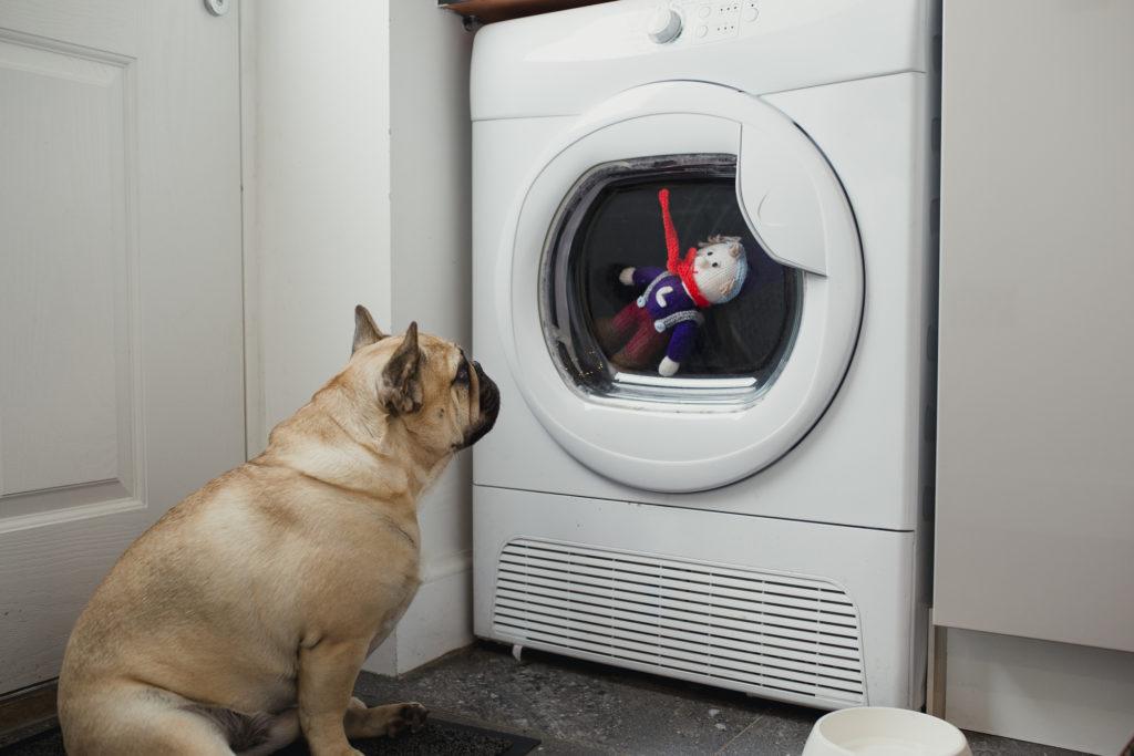 Selain pakaian, banyak barang yang bisa dicuci menggunakan mesin cuci - Rumah123.com