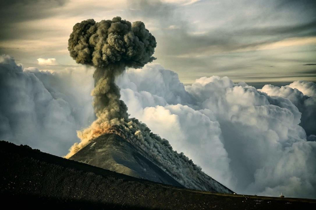 gunung merapi meletus- rumah123.com