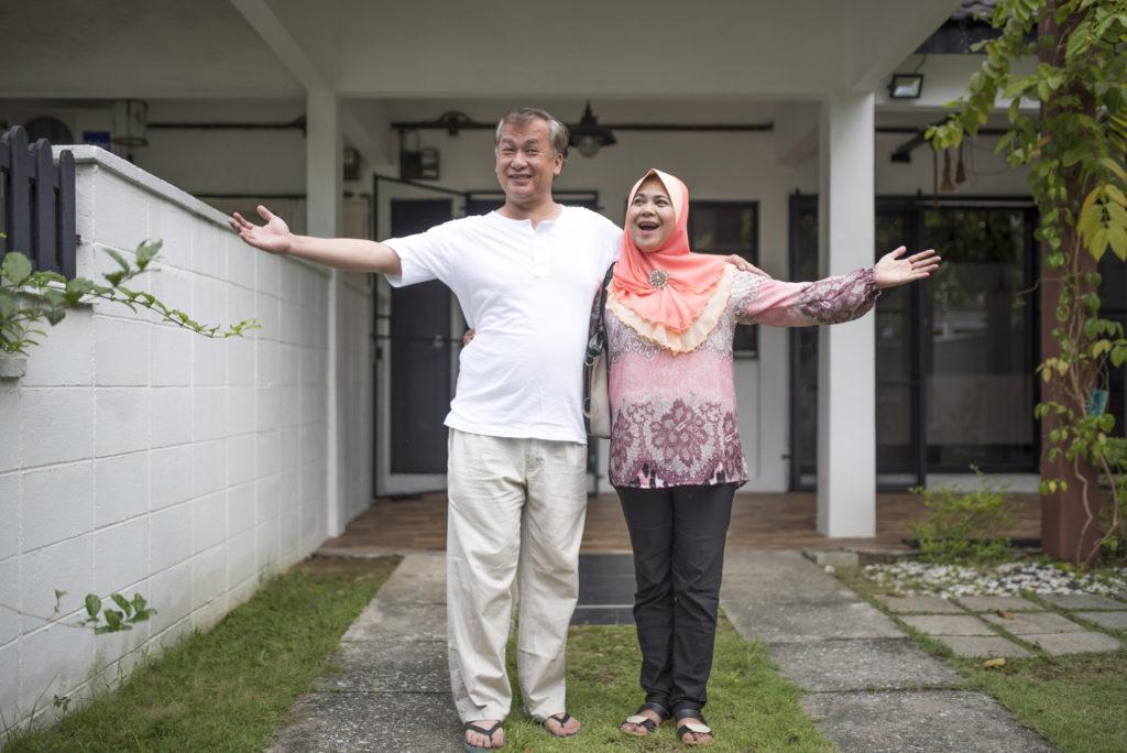 Ilustrasi pasangan membeli properti syariah - Rumah123.com