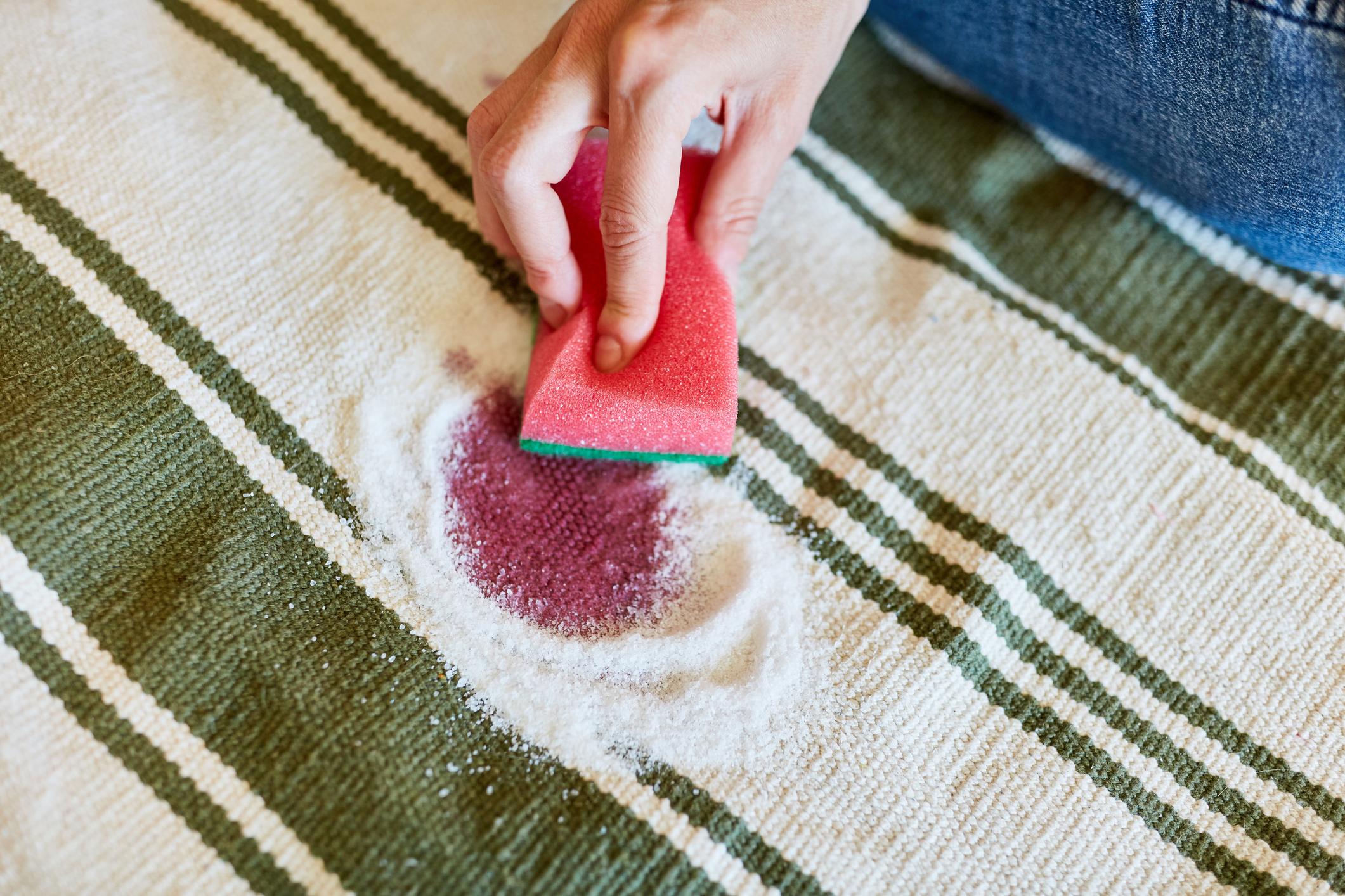 Selain untuk Masak, Ini 8 Manfaat Garam di Rumah!