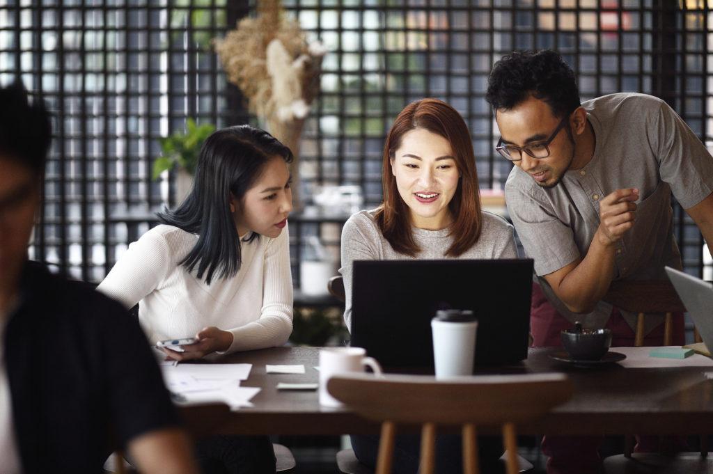Standar gaji 2020 industri digital - Rumah123.com