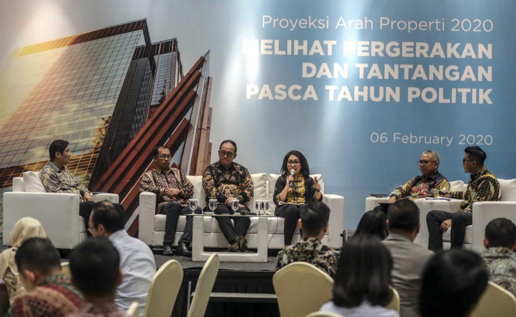 Diskusi panel para praktisi properti di acara Property Outlook 2020 - Rumah123.com