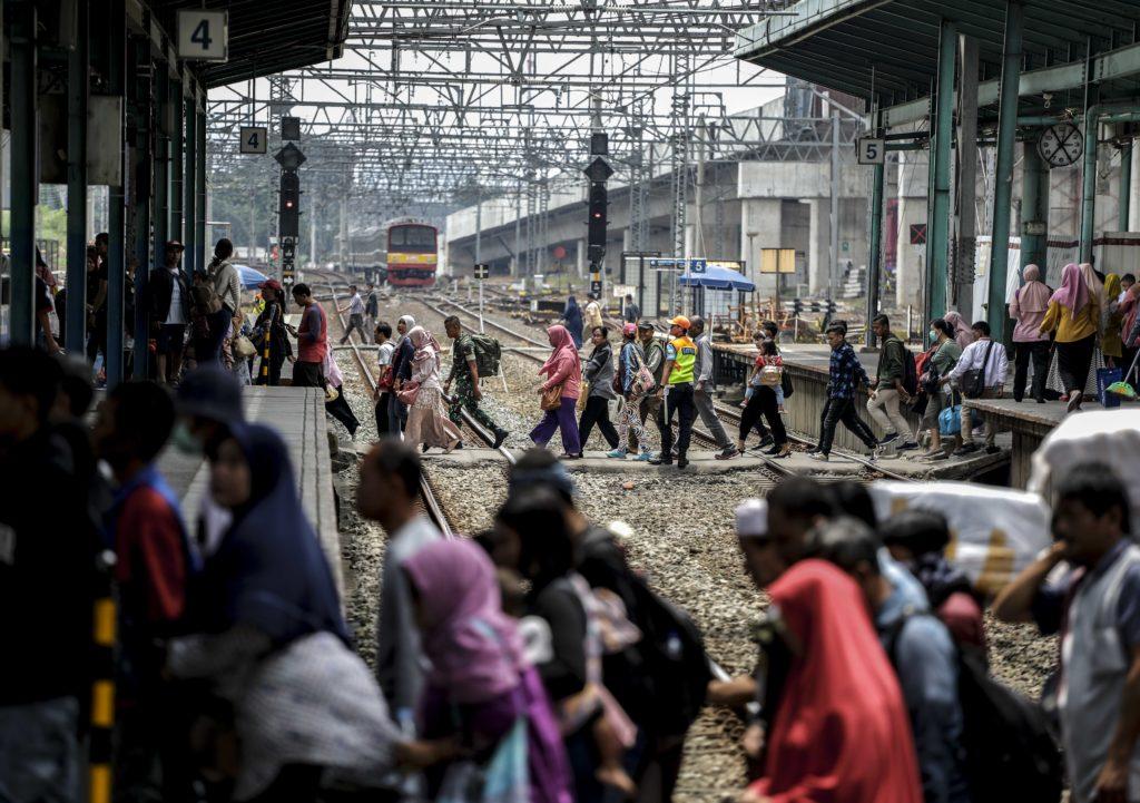 Revitalisasi Prasarana, KRL Commuter Line Berlakukan Rekayasa Perjalanan