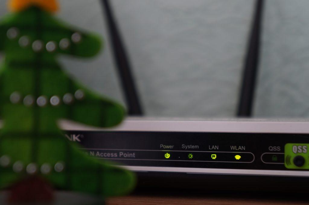 Mencuri wifi tetangga bisa dikenakan jeratan penjara - Rumah123.com
