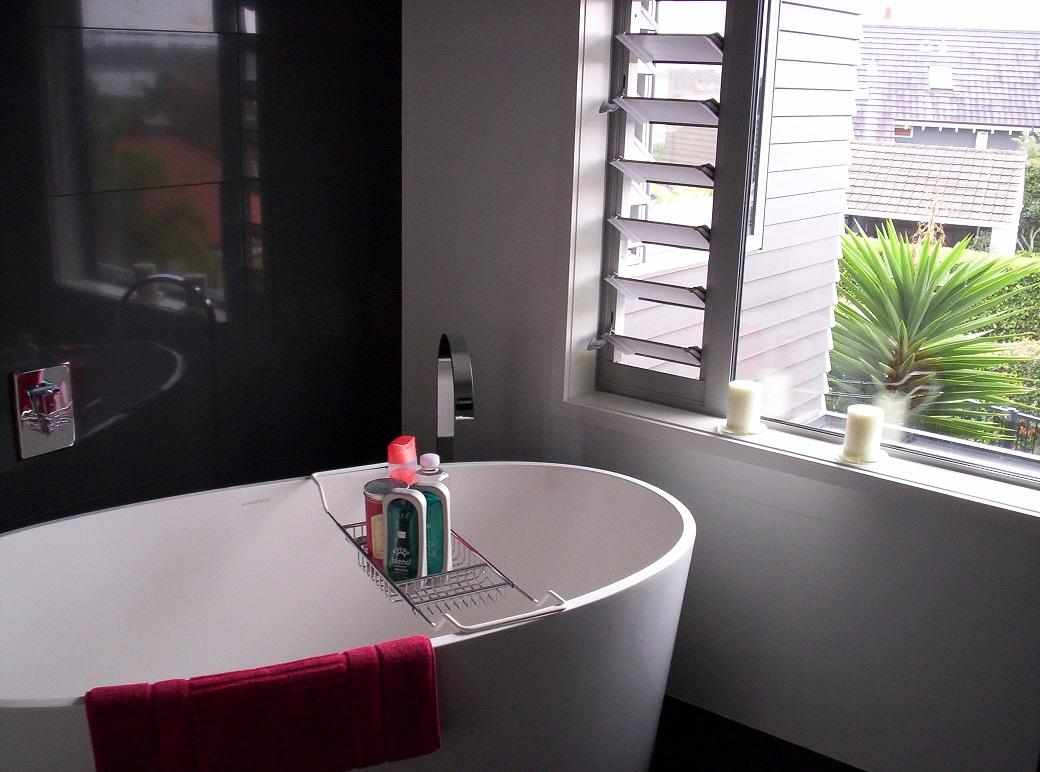 jendela kamar mandi
