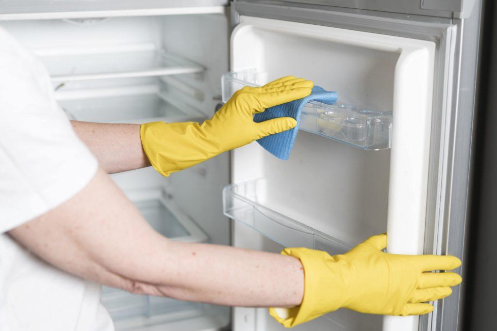 cara merawat kulkas - rumah123.com