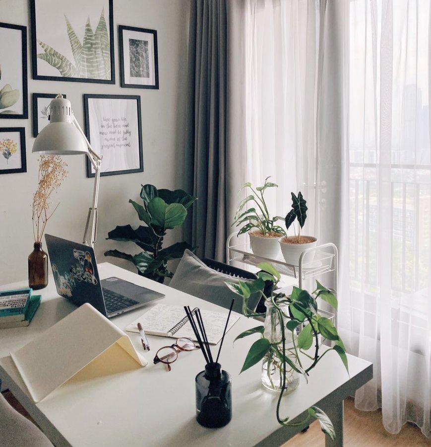 meja kerja minimalis - Rumah123.com
