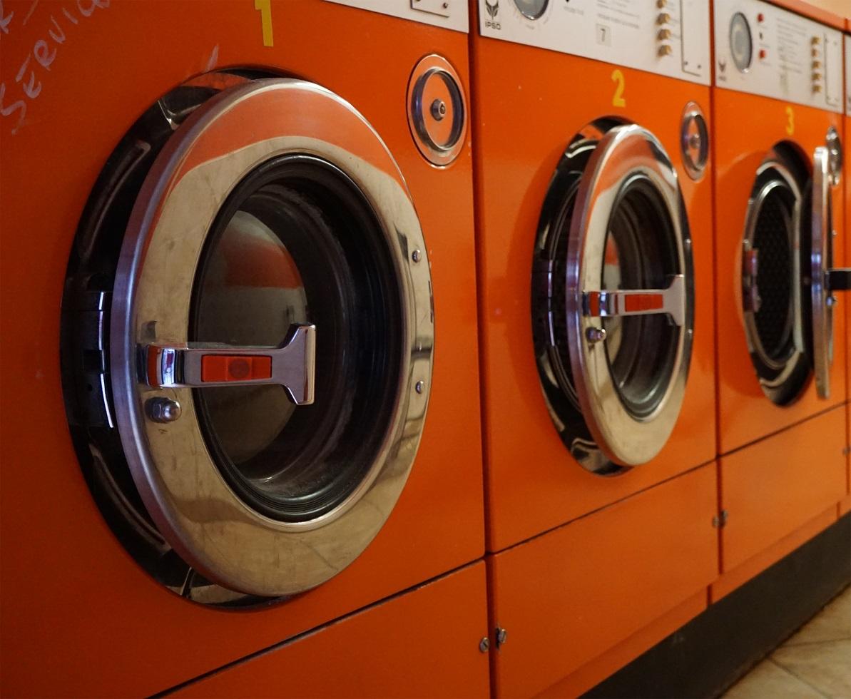 peralatan usaha laundry kiloan
