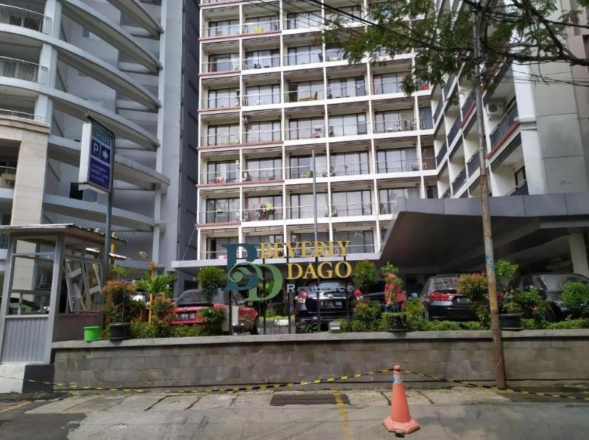 Beverly Dago Apartment