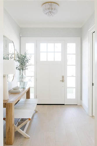 pintu utama rumah
