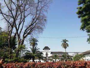 5 Hotel Unik di Bandung | Asyiknya Liburan Kembali ke Alam