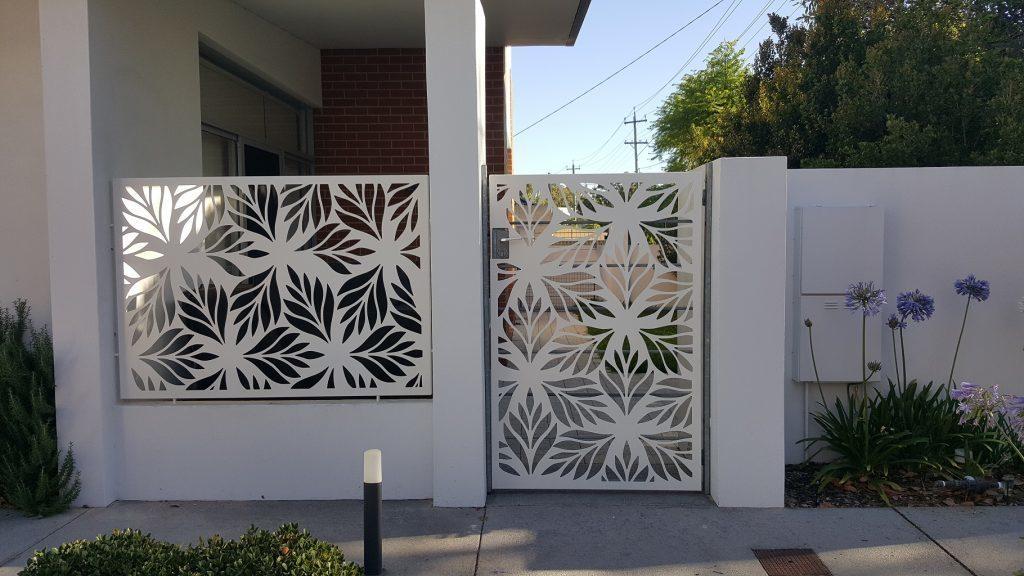 13 Inspirasi Pagar Rumah Minimalis Modern, Dijamin Bikin Tetangga Iri! | Rumah123.com