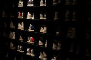 9 Inspirasi Rak Sepatu Minimalis untuk Pecinta Sneakers