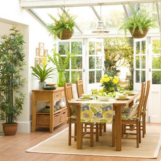 taman dalam rumah