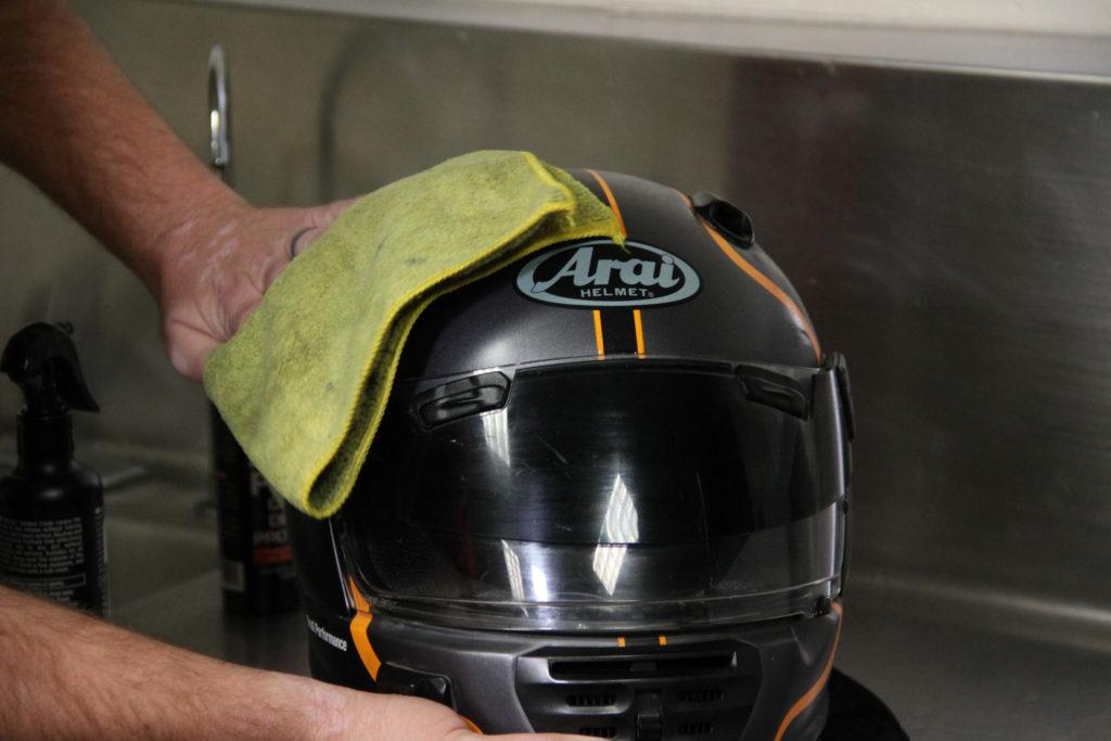 cuci helm