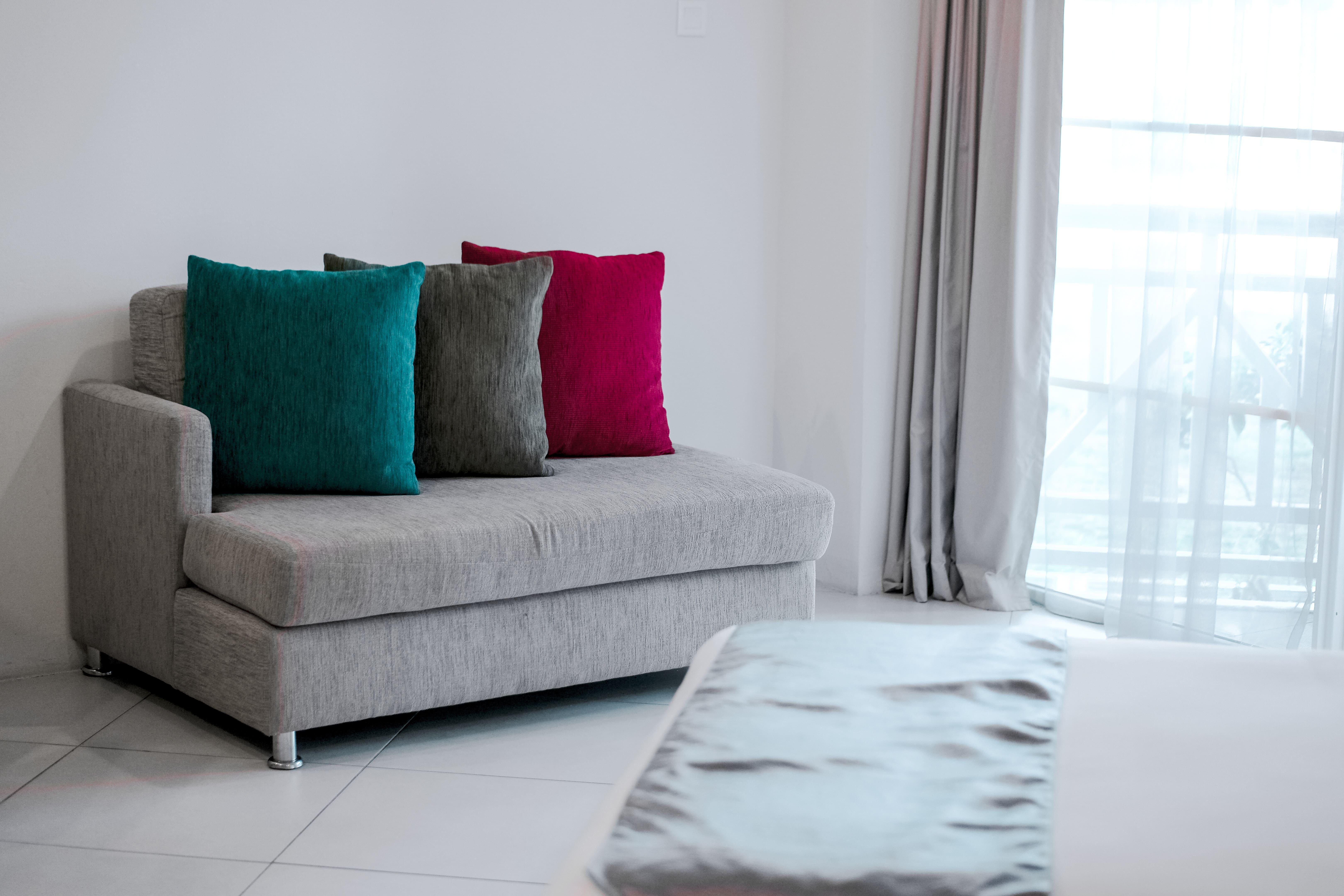 7 Pilihan Sofa Bed Minimalis Ini Bikin Rumah Terlihat Luas