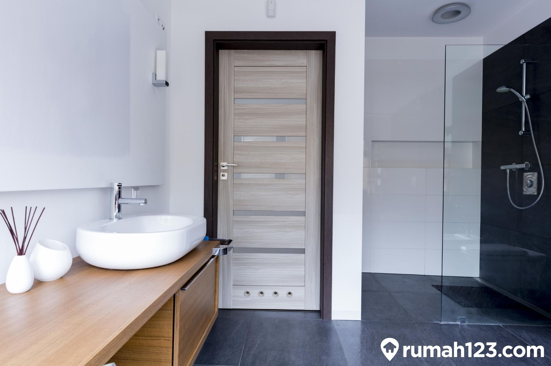 Daftar Harga Wastafel Minimalis Terbaru Bikin Kamar Mandi Kelihatan Modern Rumah123 Com