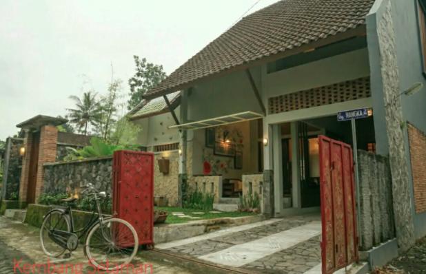 rumah kembang setaman yogya airbnb