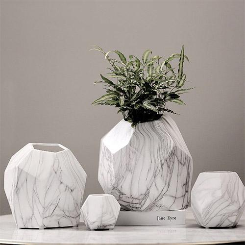 pot bunga porselen