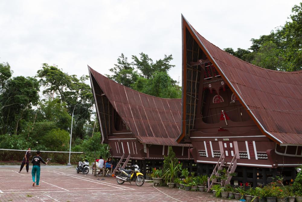 Gambar Dan Penjelasan Rumah Adat Di Indonesia Dari Sabang Sampai Merauke Rumah123 Com