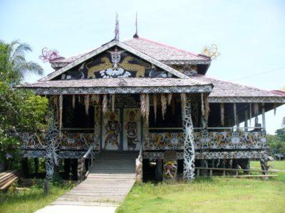 rumah lamin