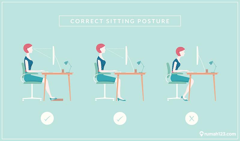 posisi duduk yang benar saat bekerja