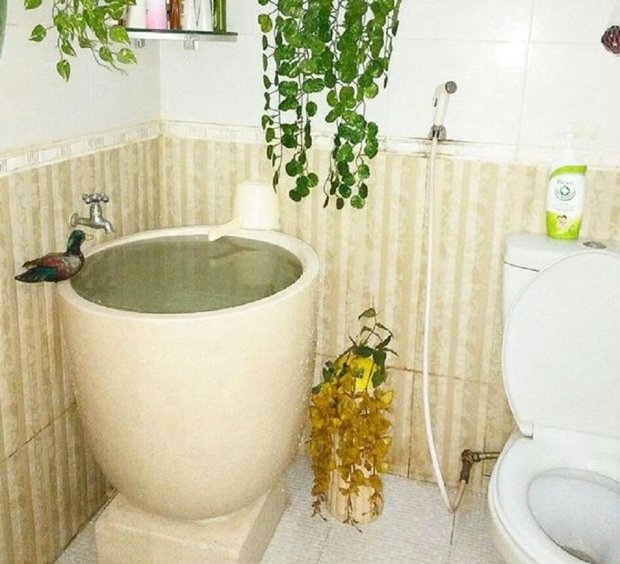10 Desain Kamar Mandi Kecil yang Indonesia Banget | Ada ...