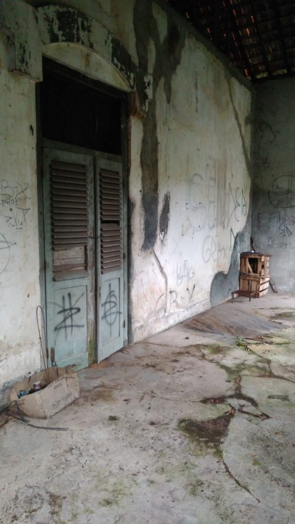 rumah pocong sumi