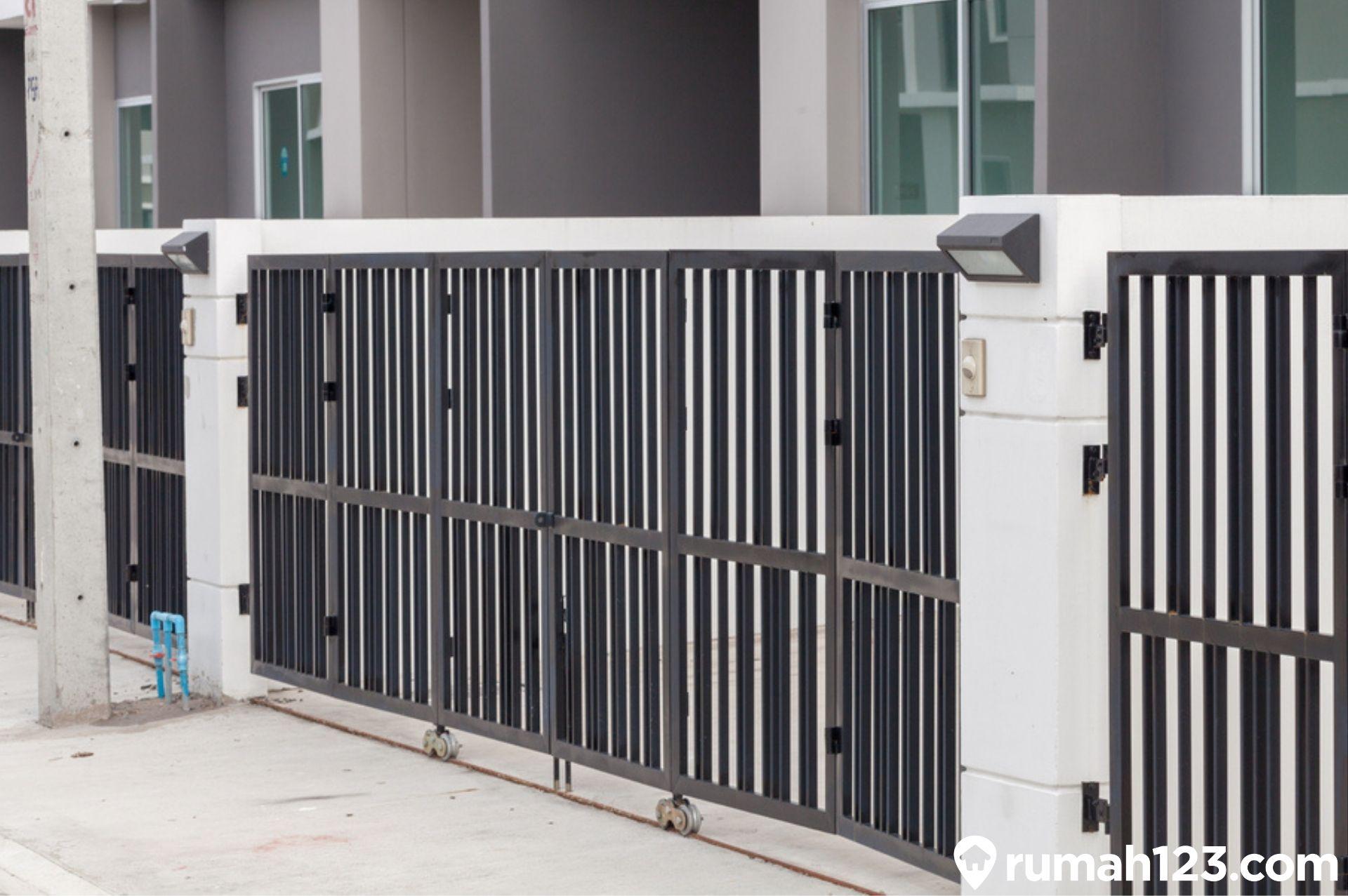 9 Desain Pagar Besi Minimalis Untuk Hunian Mungil Beserta Kelebihannya|  Rumah123.com