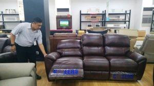 9 Pilihan Sofa Informa Berbahan Kulit yang Nyaman dan Mewah