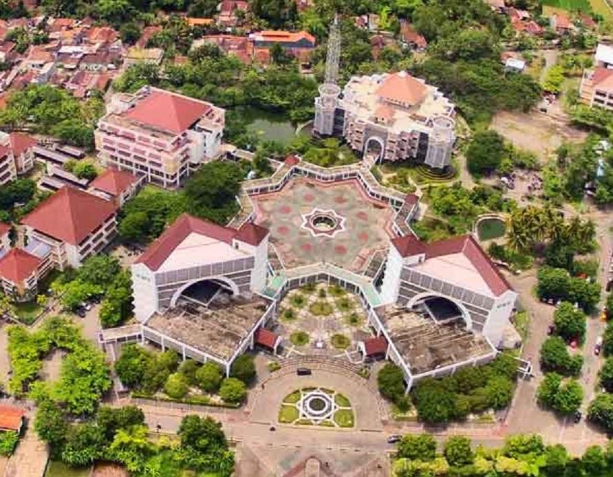 universitas di yogyakarta