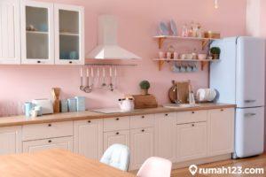 11 Inspirasi Dapur Minimalis Modern dengan Kombinasi Tema Warna Warni Tampak Estetis