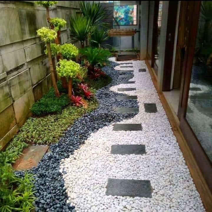 Taman Minimalis Samping Rumah_16