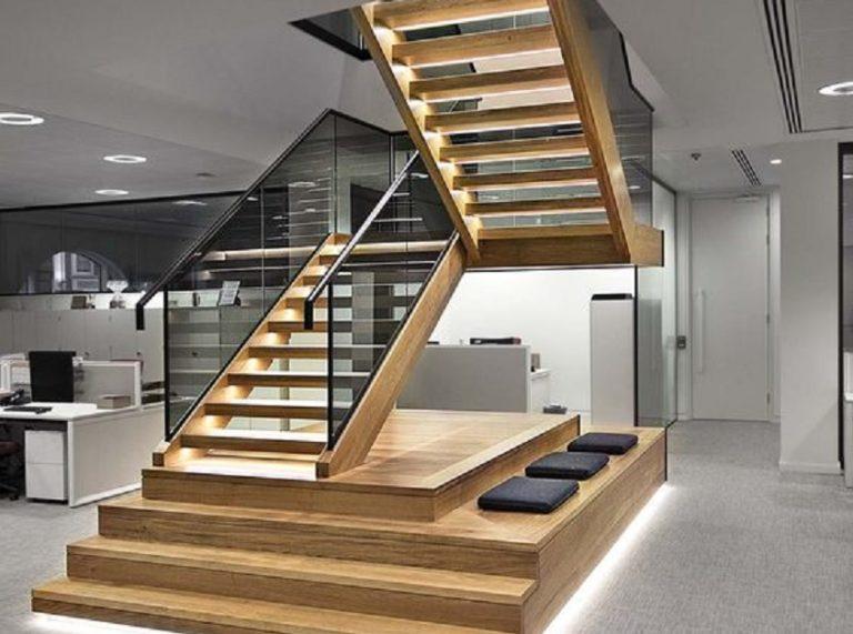 17 Desain Tangga Kayu Minimalis, Rumah Terlihat Jadi Lebih Keren dan Kekinian