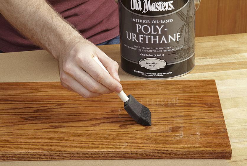 Polyurethane pelapis kayu