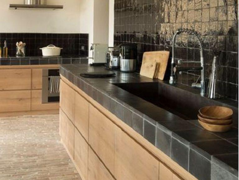 13 Pilihan Keramik Meja Dapur Terbaik, Bikin Dapur Kamu Semakin Cantik