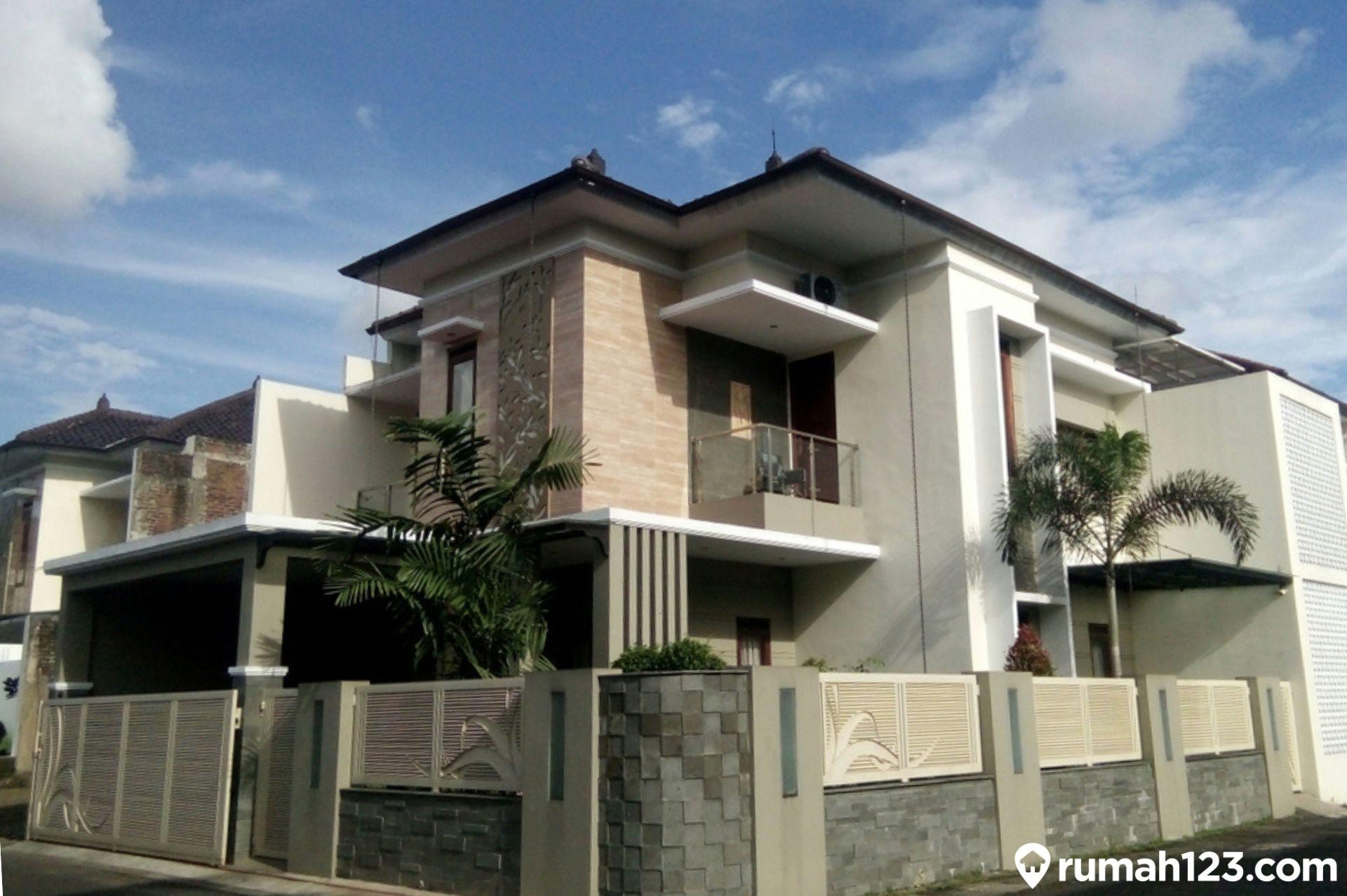 11 Desain Pagar Tembok Minimalis Yang Tampak Estetis Di Depan Rumah Rumah123 Com