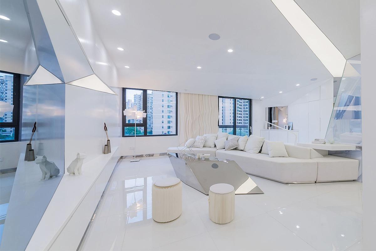 Interior Gaya Futuristik dengan Dominasi Warna Putih