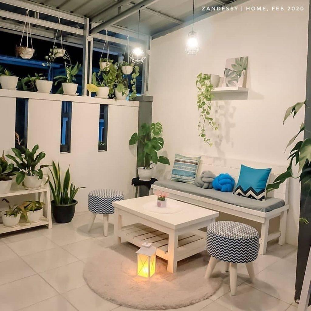 3 Ide Sulap Teras Depan Rumah Jadi Ruang Tamu, Gampang Ditiru