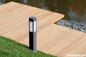 11 Rekomendasi Lampu Taman Minimalis, Bikin Eksterior Rumah Tambah Estetis