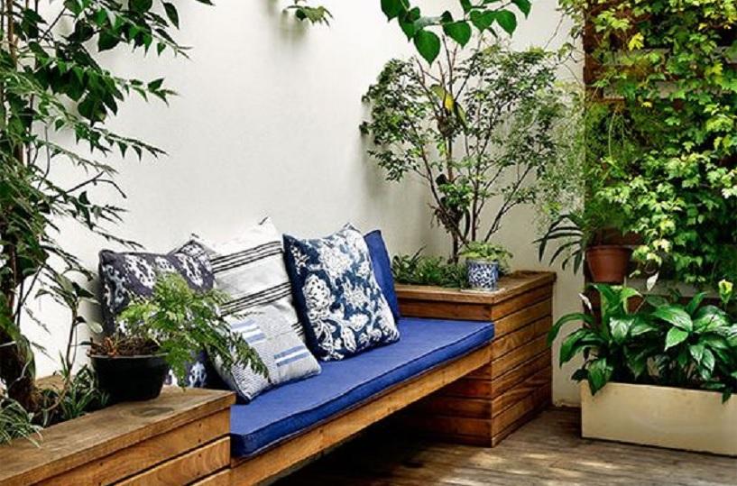 desain taman belakang rumah sempit