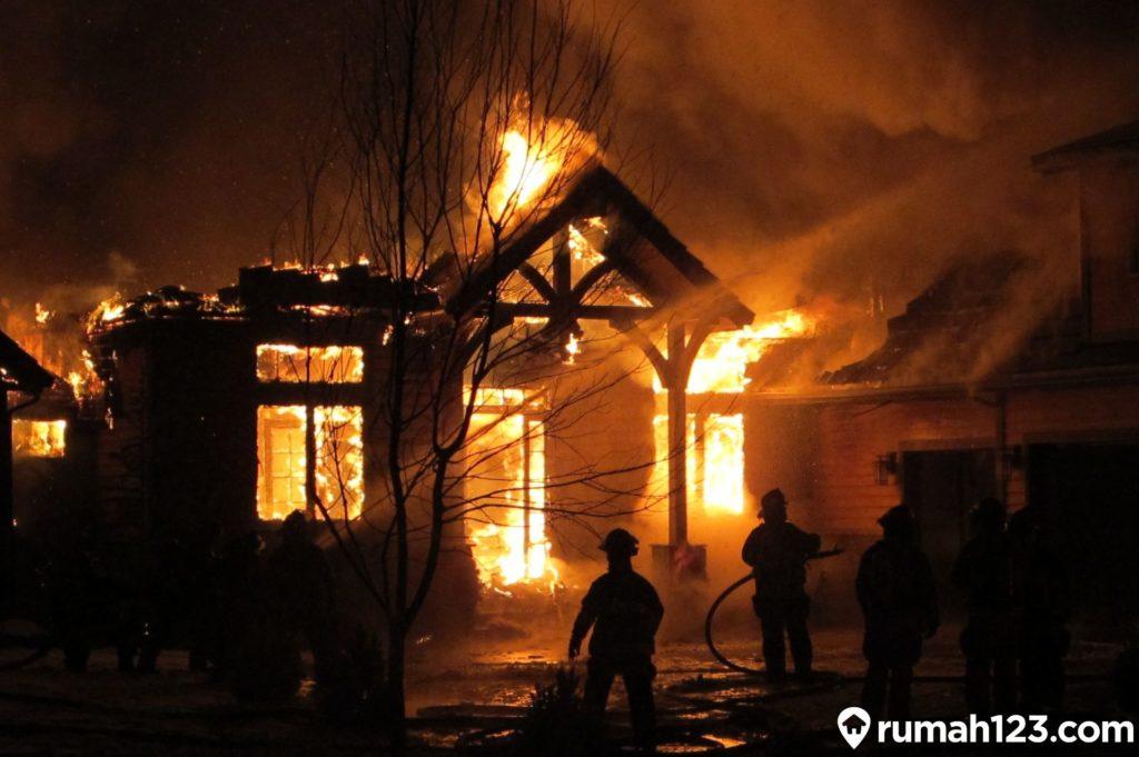 penyebab kebakaran