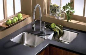 11 Rekomendasi Tempat Cuci Piring yang Cocok untuk Dapur Rumah