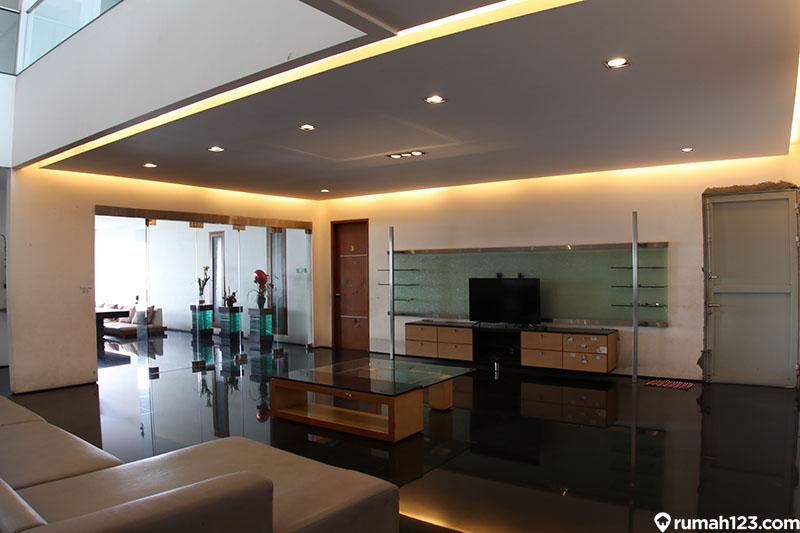 ruang keluarga mewah modern