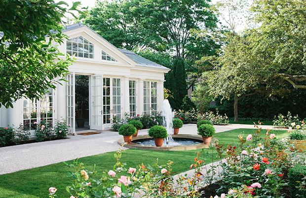 Rumah halaman luas