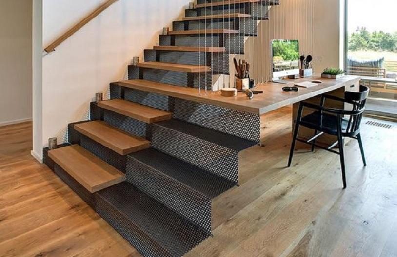 model tangga besi