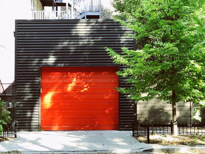 Rumah Minimalis dengan Garasi